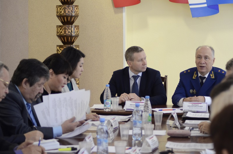Актуальные вопросы противодействия коррупции рассмотрели в Горно-Алтайске